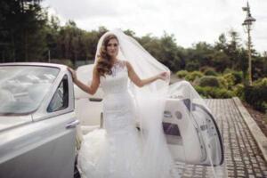 Saddleworth-hotel-wedding-rolls-royce-600x400